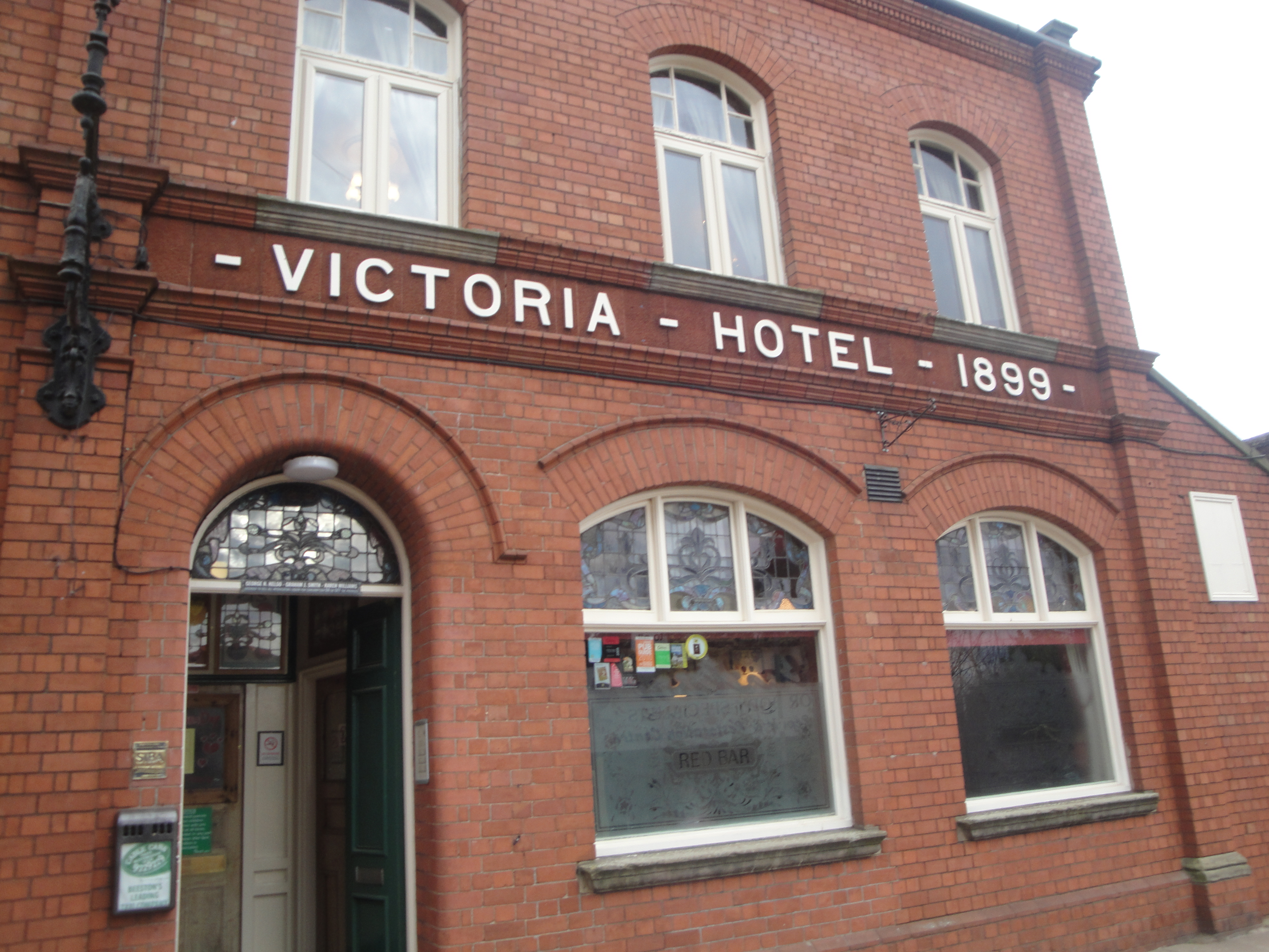 Victoria inn in beeston great beer a welcoming for Food bar beeston
