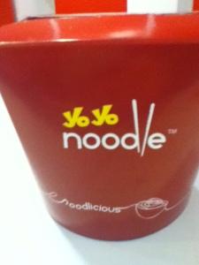 yo yo noodle box