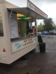 Mr Tea Too – Breakfast Butty on Queens Industrial Estate
